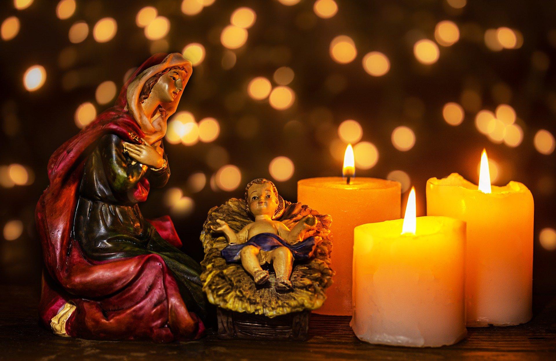 christmas-crib-figures-4709200_1920